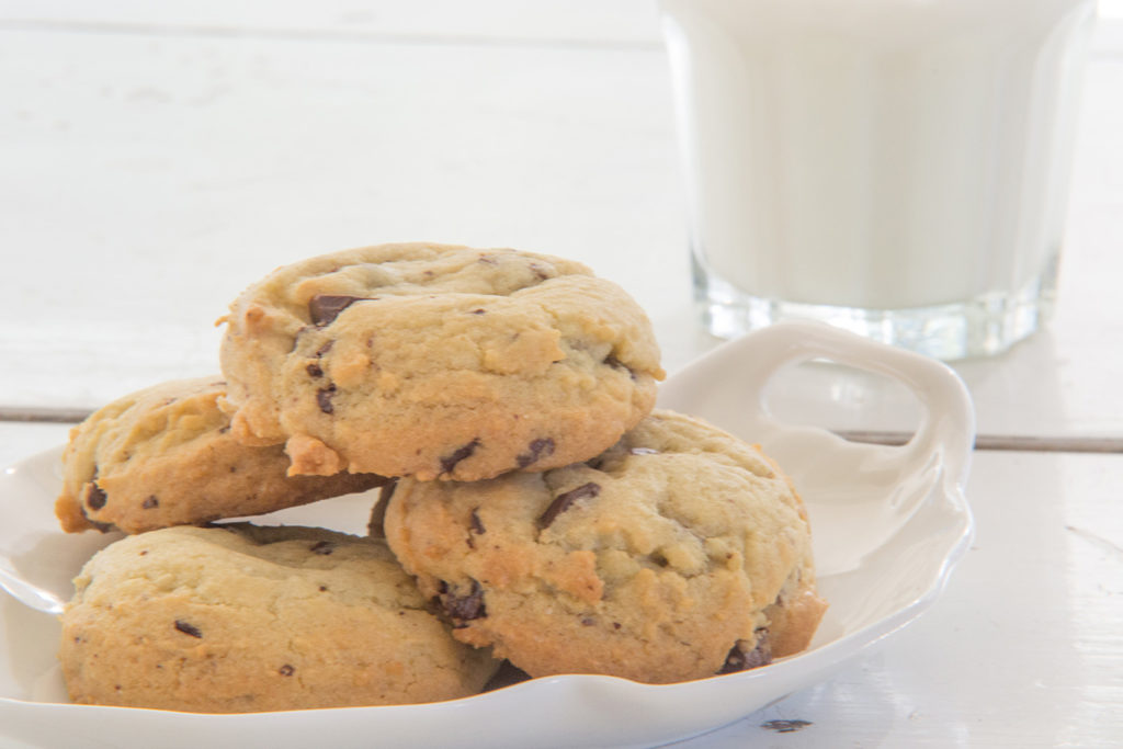 softy-chewy-chocolate-chunk-cookies