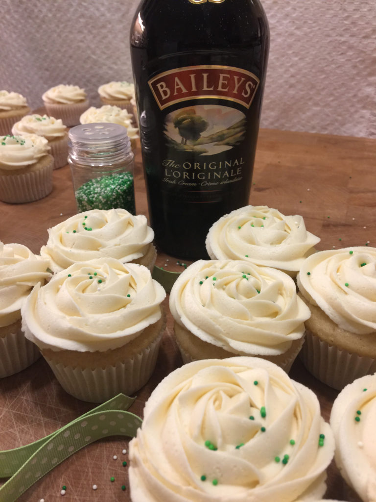cupcakes-with-Baileys-frosting
