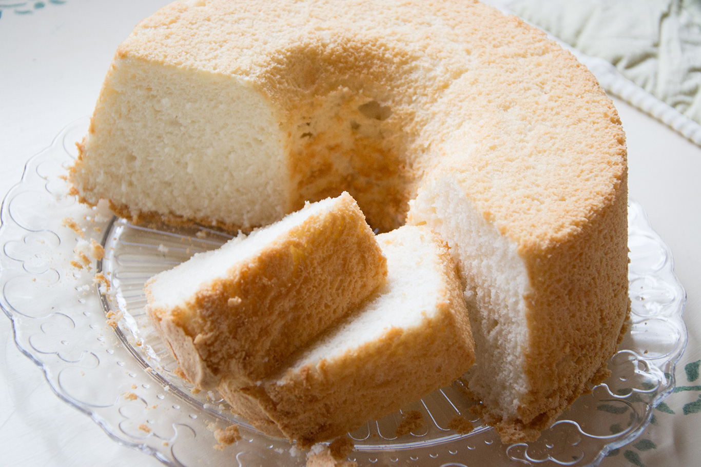 Angel Food Cake Cupcakes Recipe